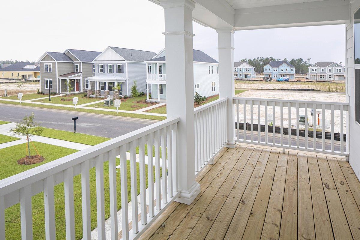 Dual front porch