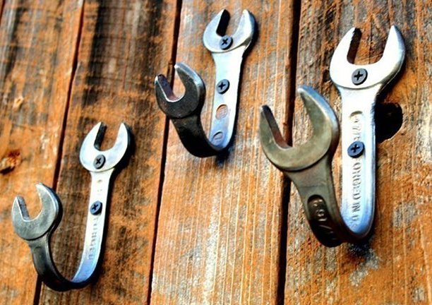 Wrench coat hanger