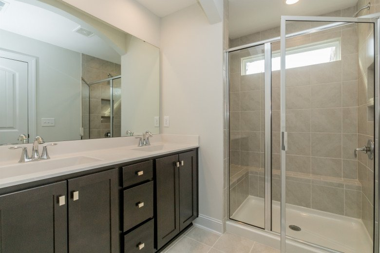 020_Master Bathroom .jpg