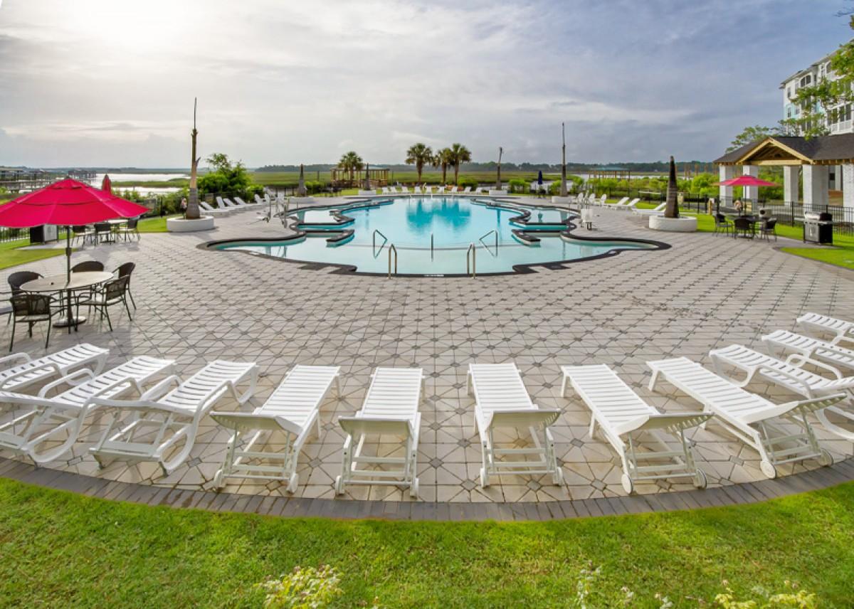 Landings at Sweetwater Pool