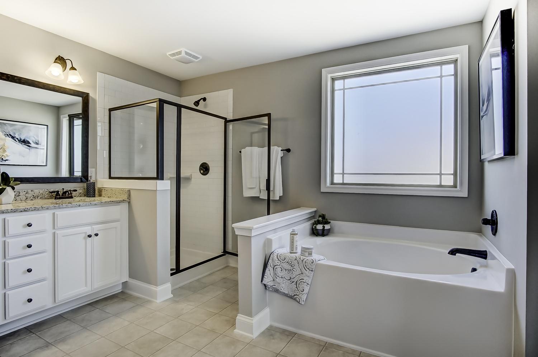 Cypress III Master Bathroom.2