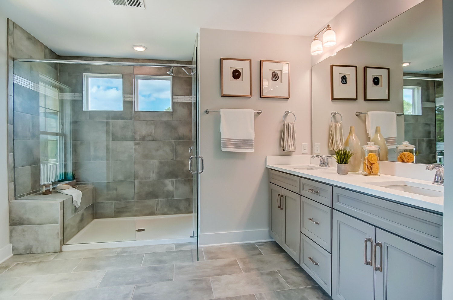 The Montague Master Bath