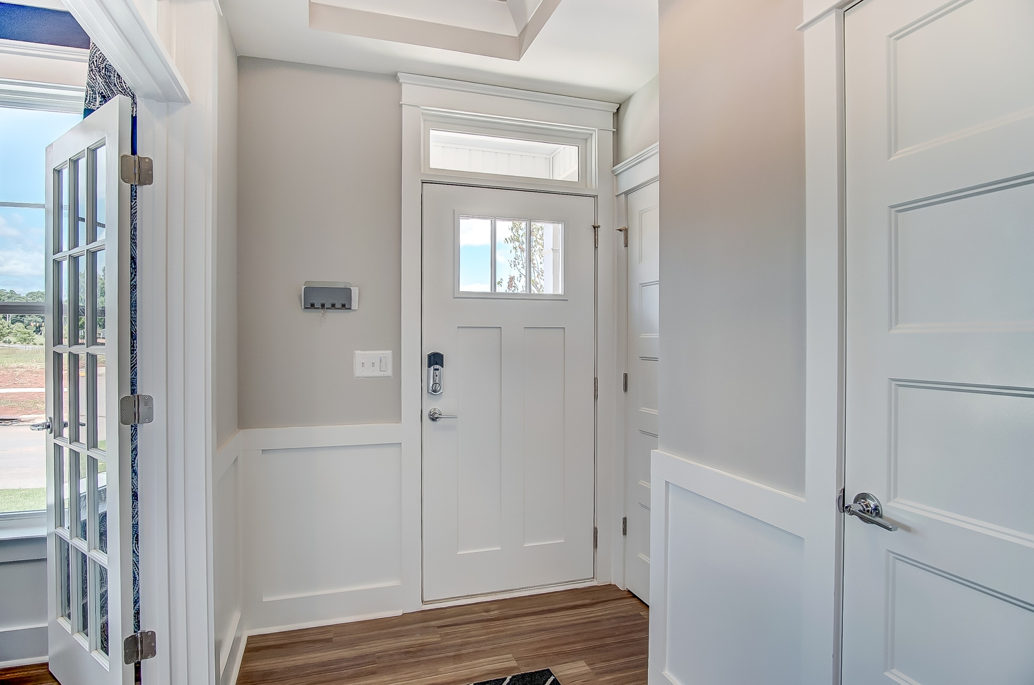 Cambridge Townhome Entryway