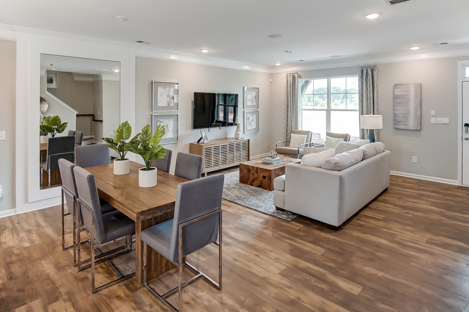 Kensington Townhome Dining Area