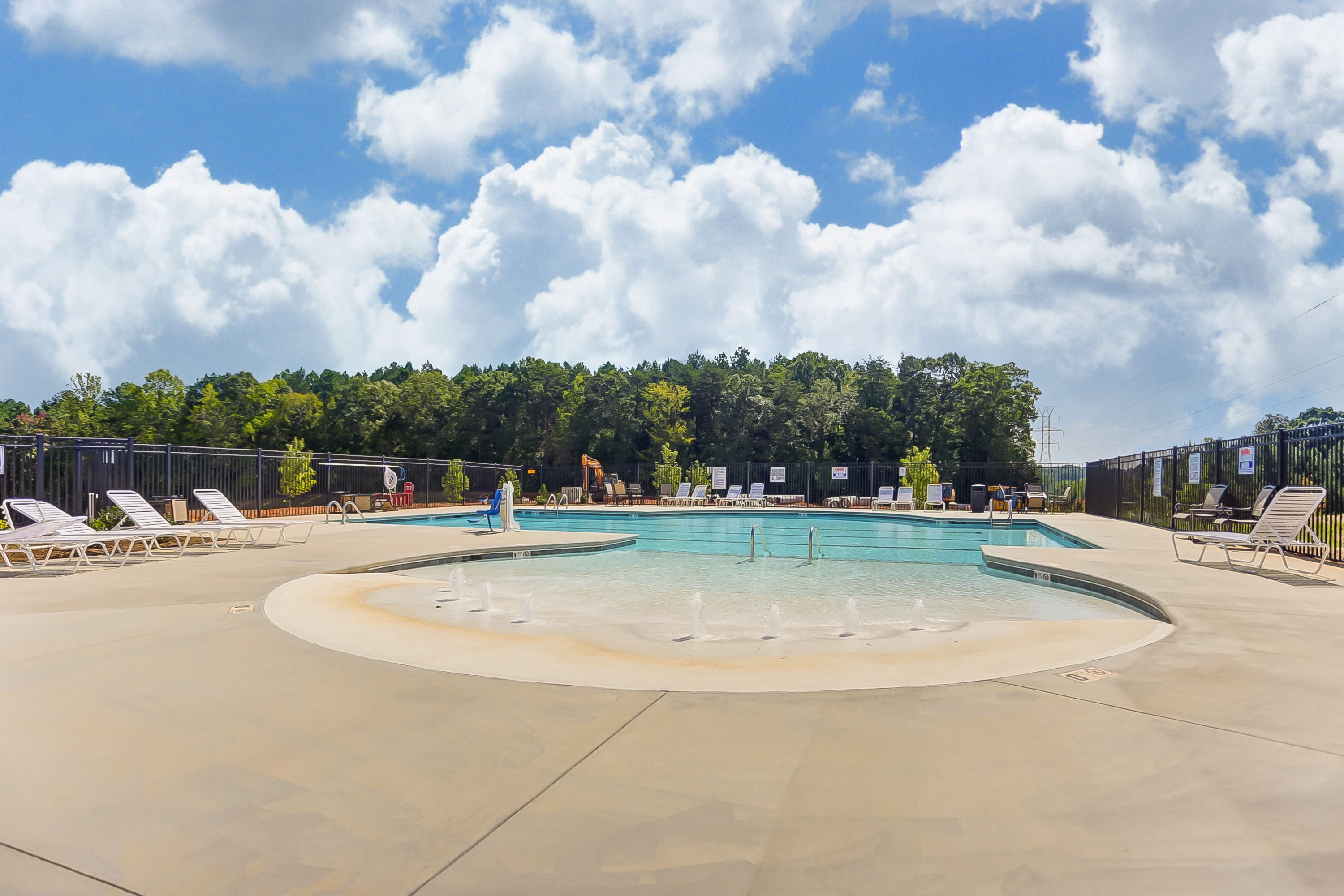 Robinson Oaks Pool