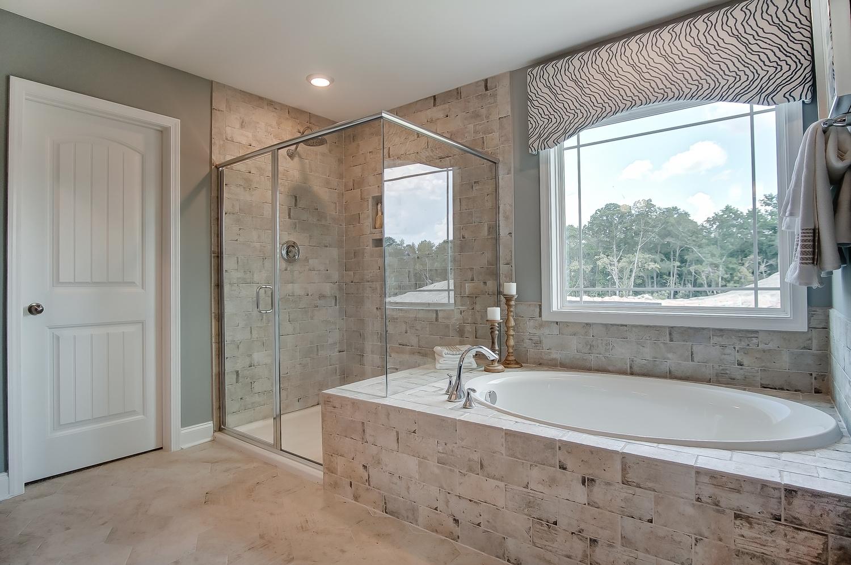 Davidson Owner's Bathroom