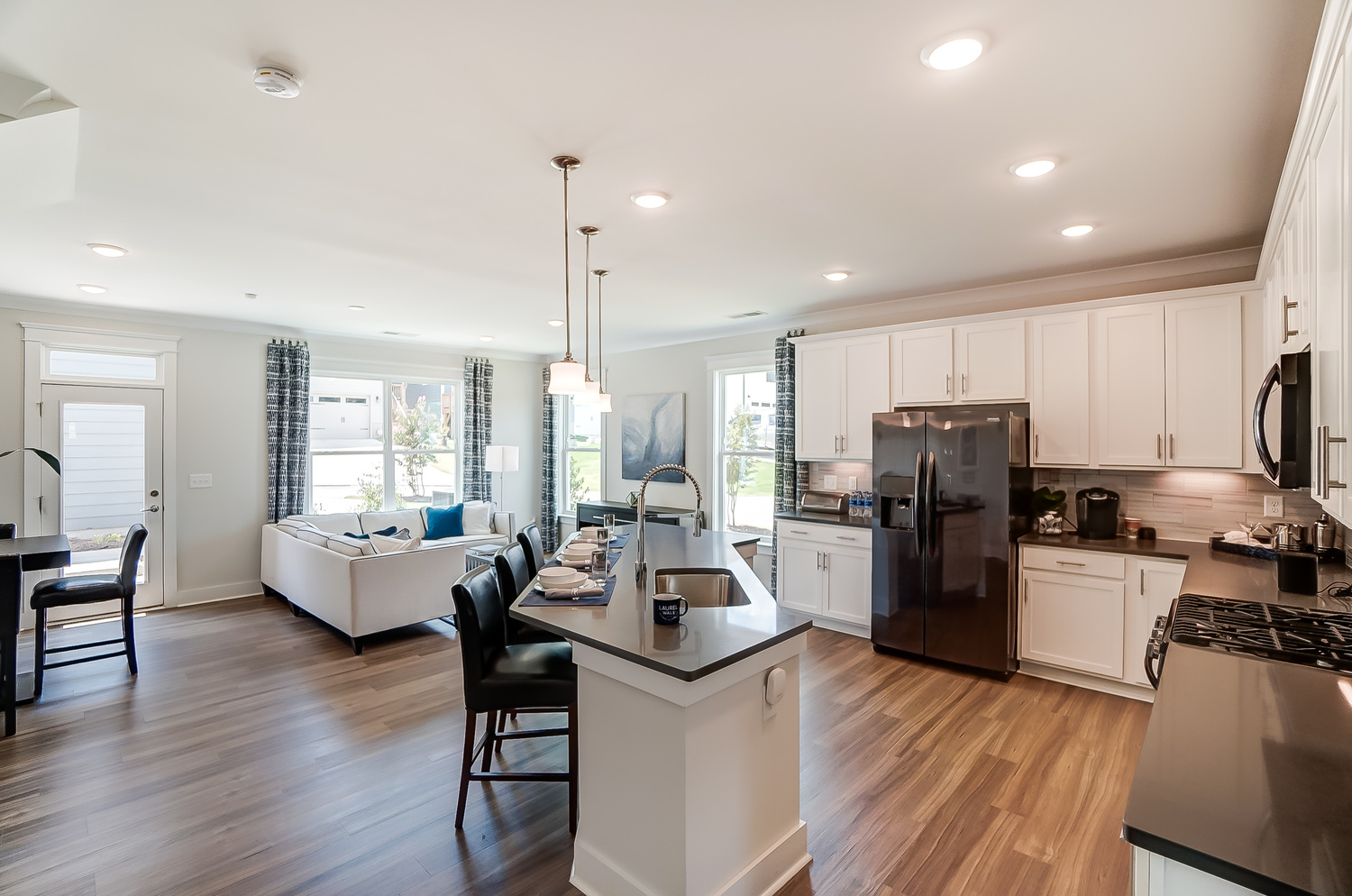 Cambridge Townhome Family Room and Kitchen