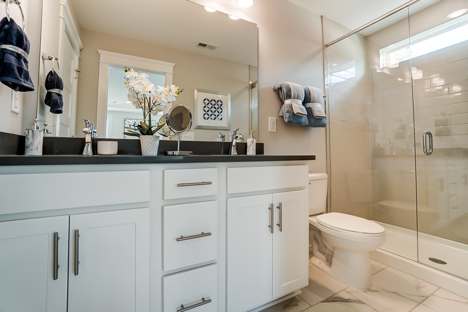 Cambridge Townhome Owner's Bath