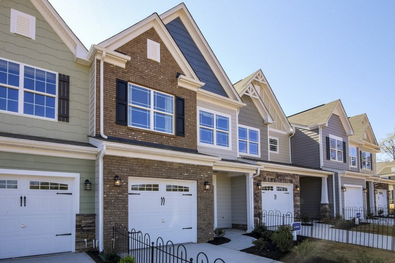Adams Mill Townhomes Exterior