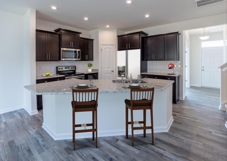 Kitchen-STAGED_2.jpg