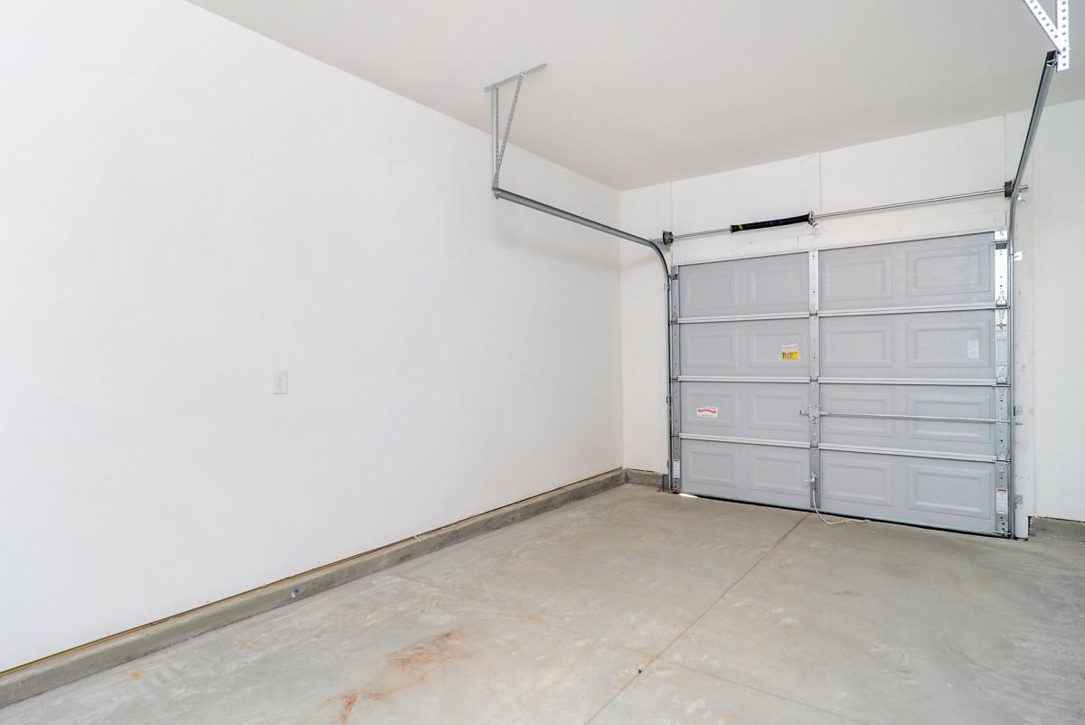 garage_14.jpg